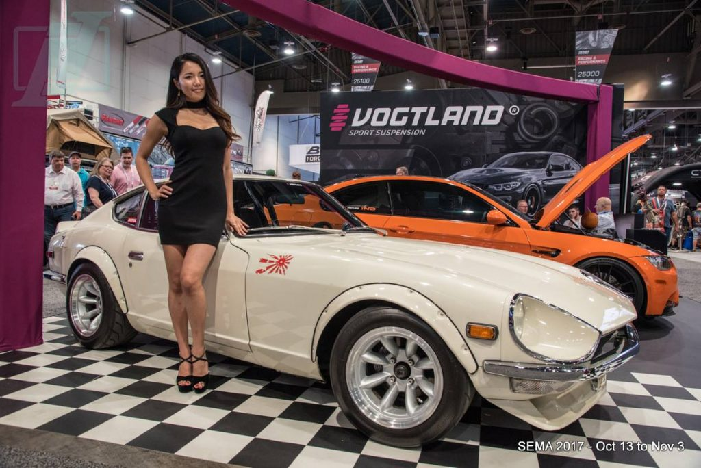 1971 Datsun 240Z with Spokesmodel Rumi representing at the Vogtland Sport Suspension Booth